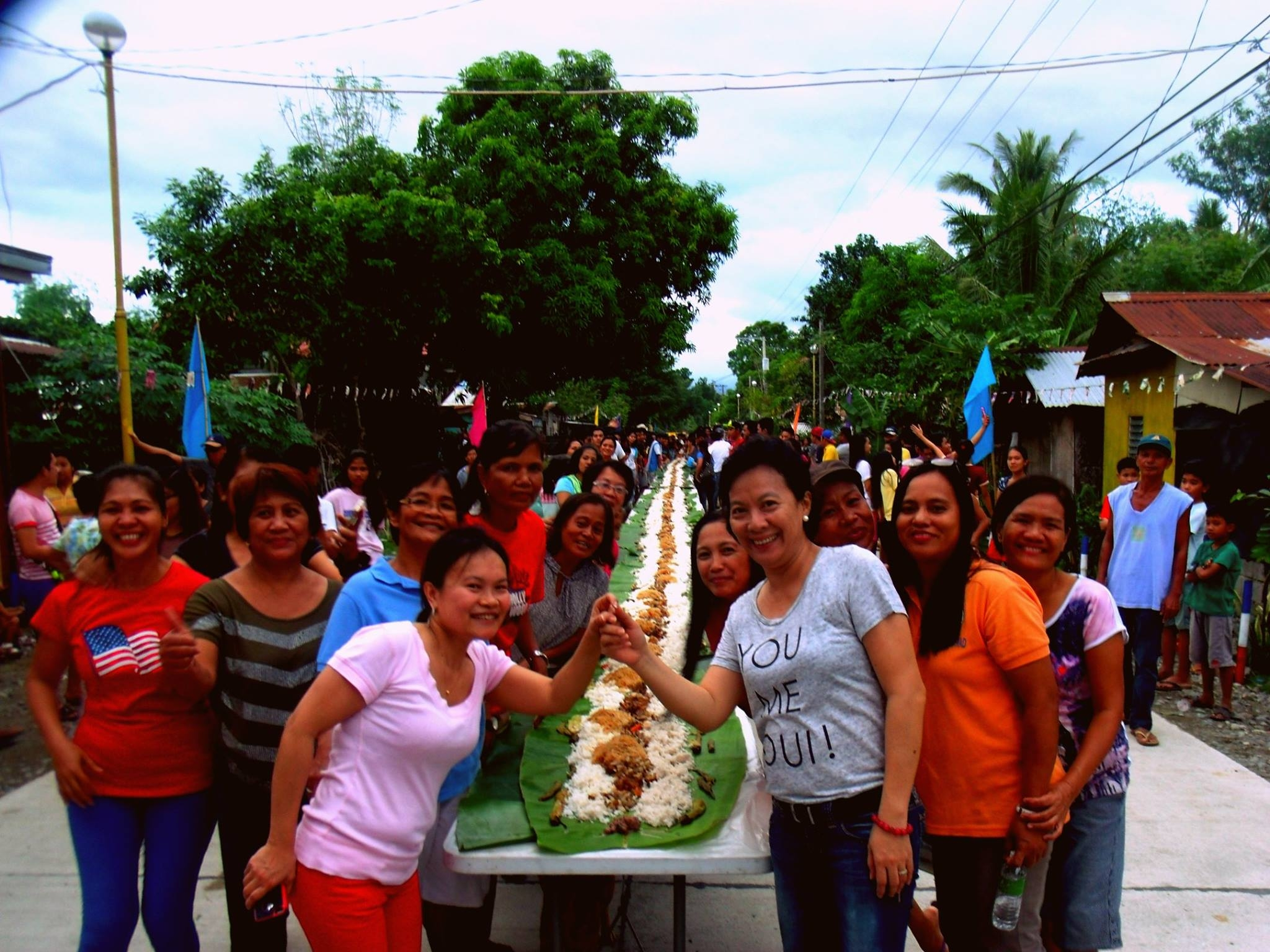 Ariston East Barangay Fiesta Boodle Fight  (1)