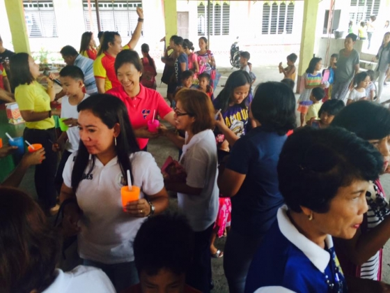 Feeding program at Ariston-Bantog Elem (9)