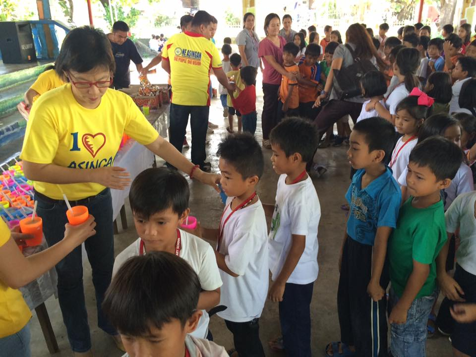 Feeding program at Sanchez-Cabalitian Elementary (17)
