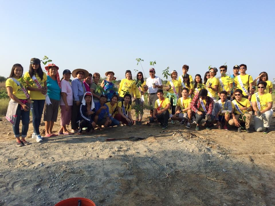 Mutya at Ginoo Tree Planting 2015 (1)