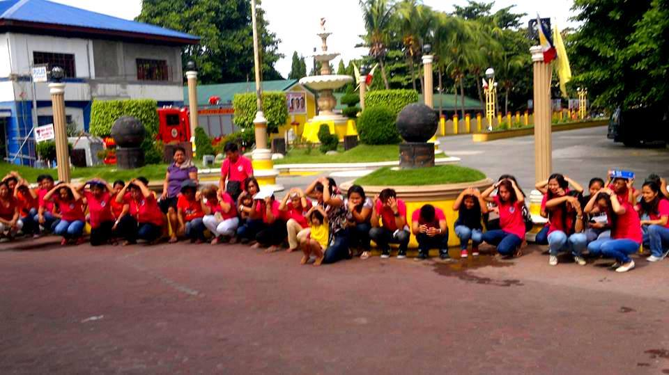 LGU employees join the Nationwide Simultaneous Earthquake Drill (2)