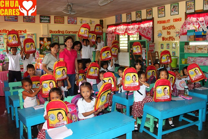 Distribution of School bags and vits (1)